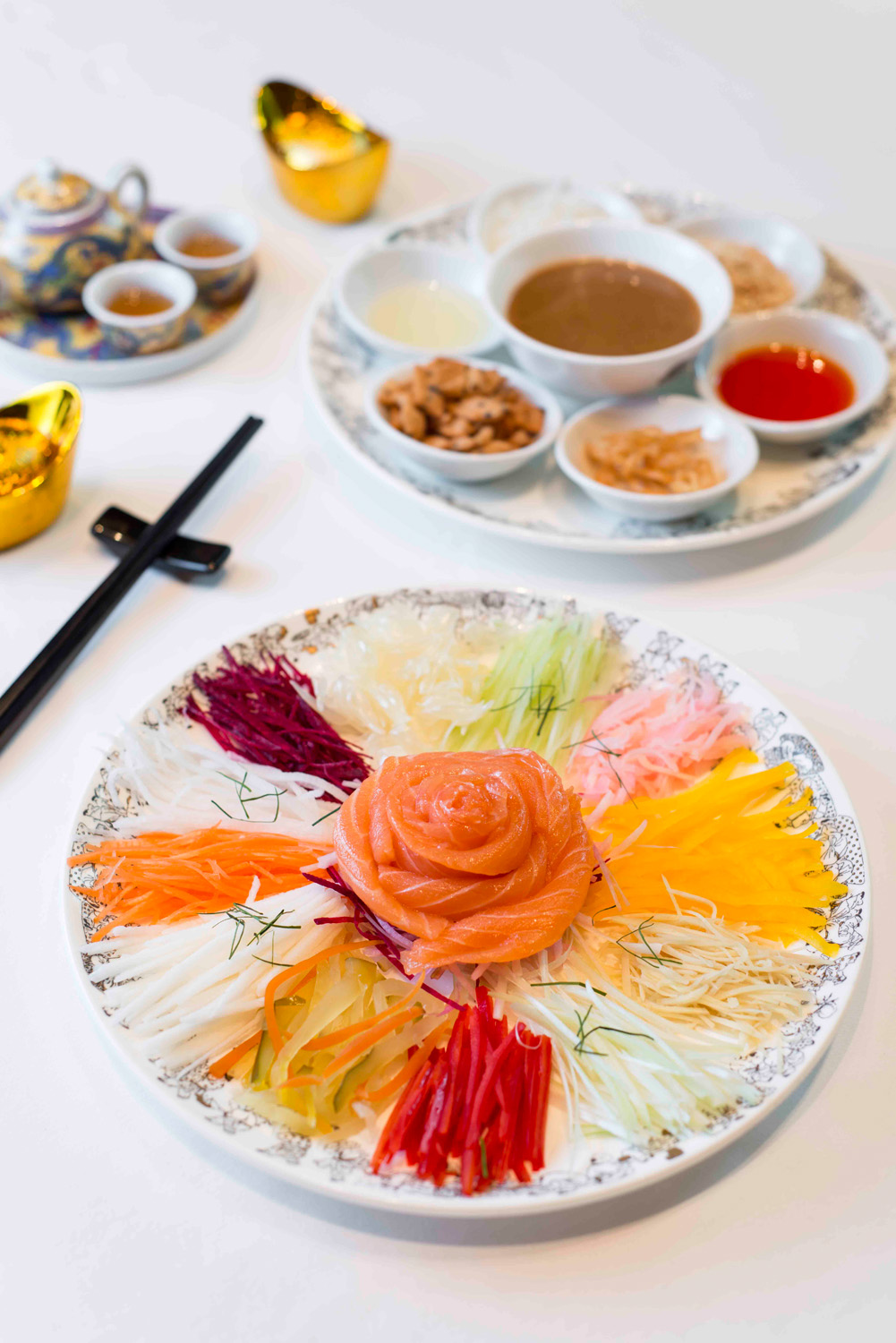 PBK_ChineseNewYear_Yu Shang Salmon Sashimi with Shredded Mixed Vegetables(1)