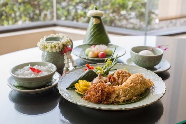 resized_Khao Chae - Lobby Lounge, Shangri-LaBangkok