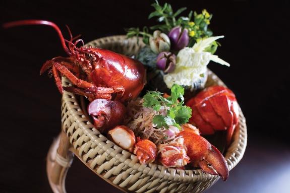 resized_Live Lobster - Salathip, Shangri-LaBangkok