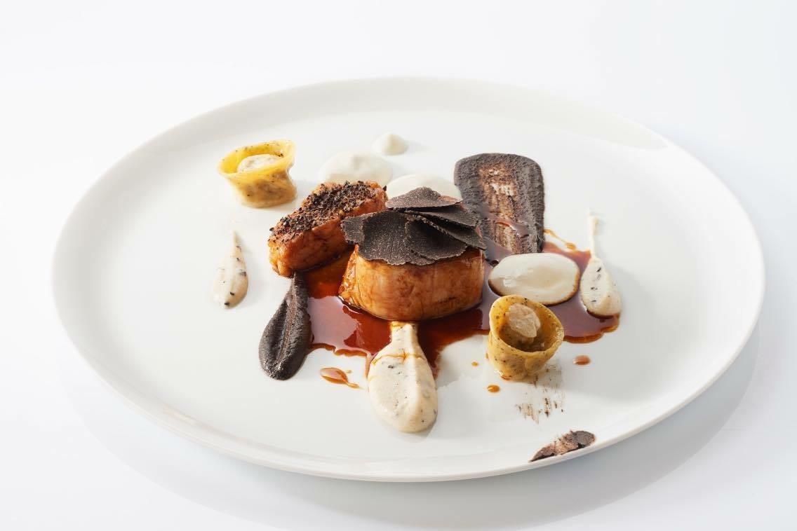 Menu by 2-Michelin Star Chef Stephane Buron (3)