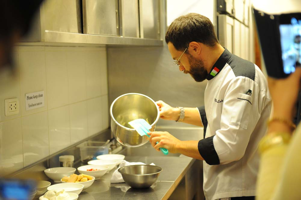 NAA_8081_medici_cooking_muse_review