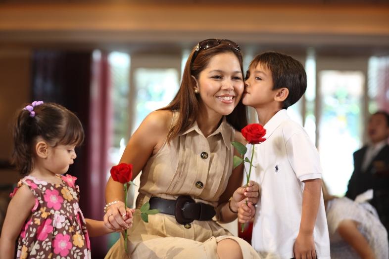 resized_Shangri-LaBangkok_Mother's Day2016