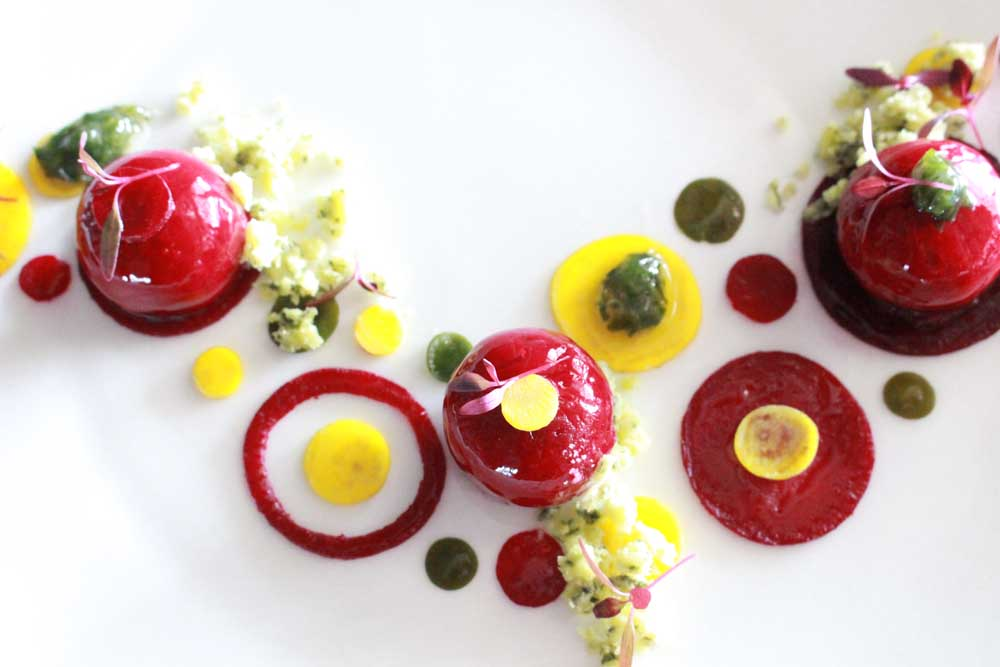 red-beetroot-sphere-with-yellow-beetroot-sea-lettuce-coulis-and-yuzu-gelee