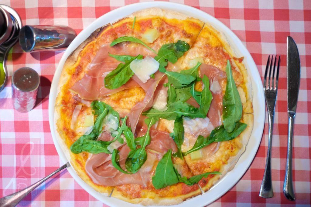 sheratom-pizza
